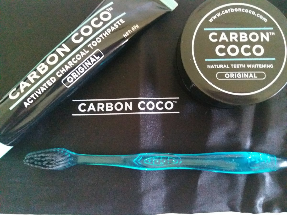 Review: Carbon Coco Natural Teeth Whitening